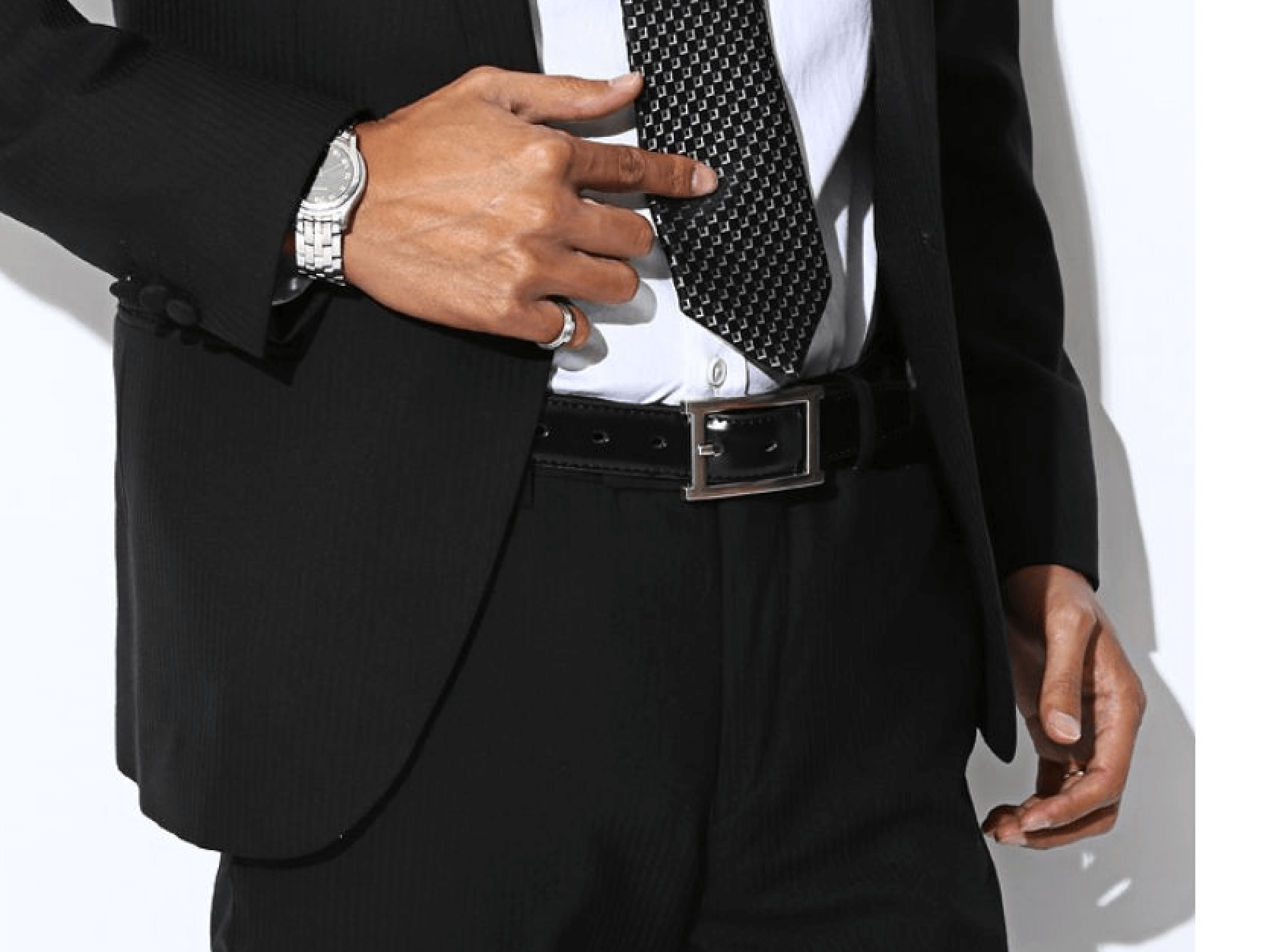 スーツに合うメンズに人気のブランドのベルト
